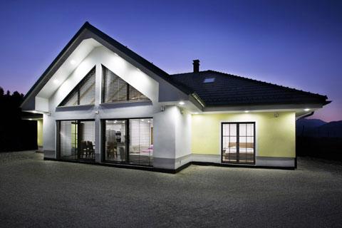 Montažna hiša Radmirje