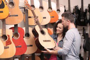 Kako izbrati kitaro